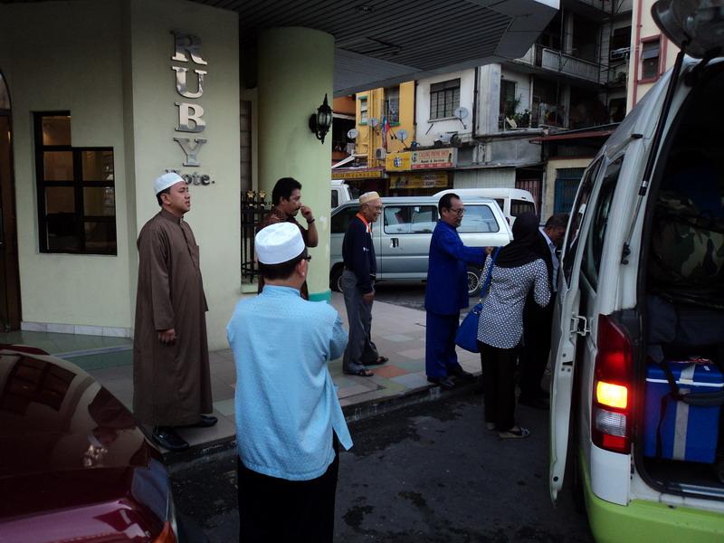 Di Jemput Pak Hasan Di Hotel