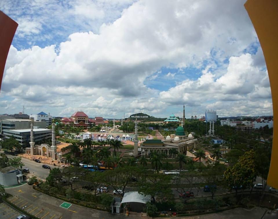 View Batam dari Lantai 7 Harris Hotel