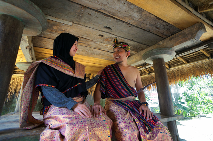 Pakaian Tradisional Suku Sasak